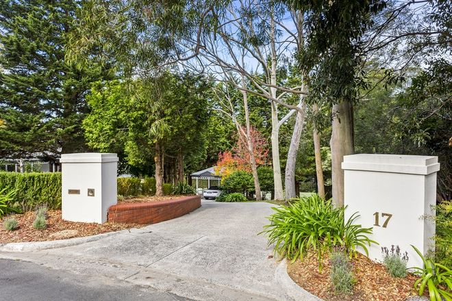 Picture of 17 Leindan Court, MOUNT ELIZA VIC 3930