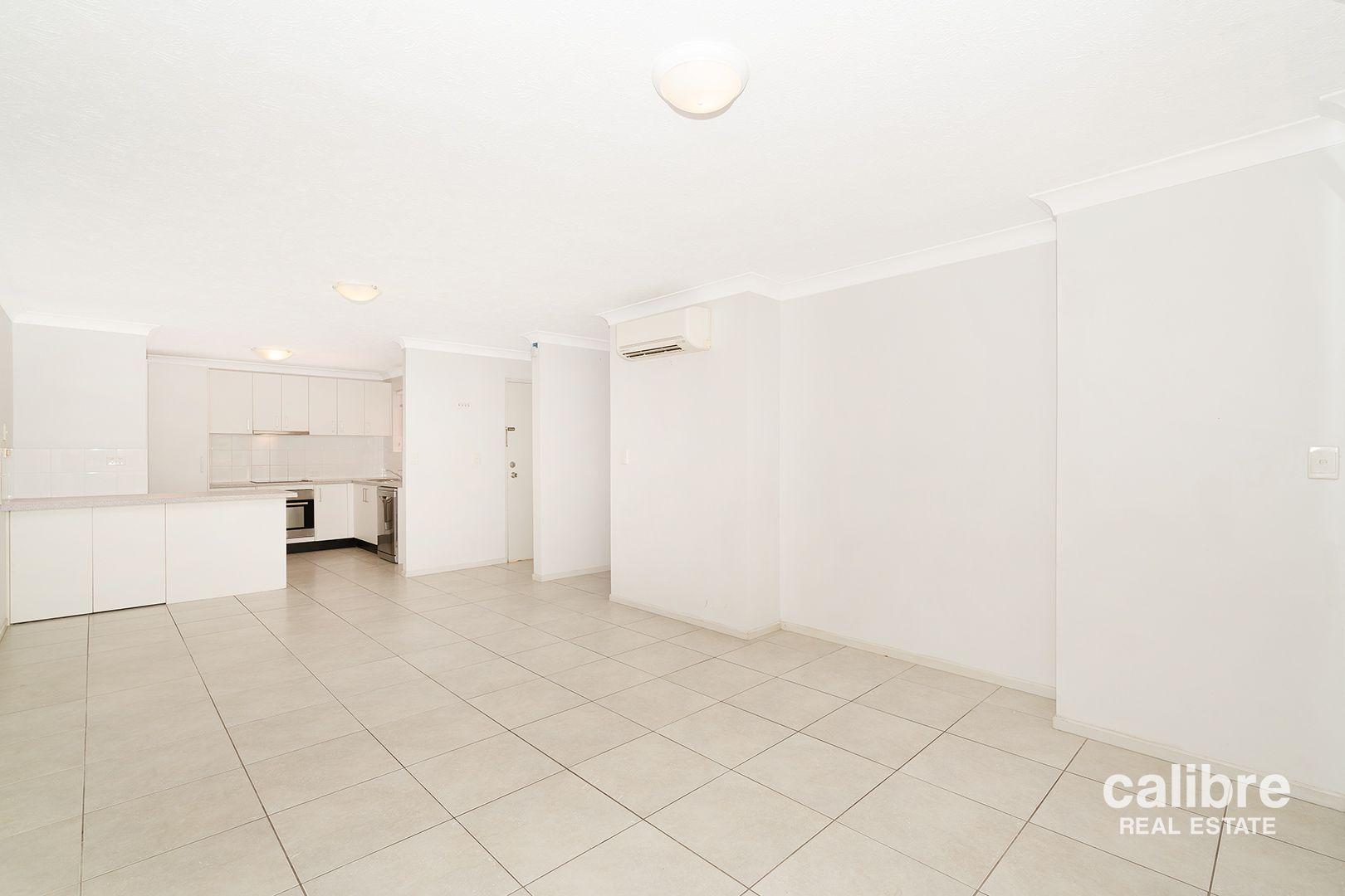 1/11 Eversley Terrace, Yeronga QLD 4104, Image 2