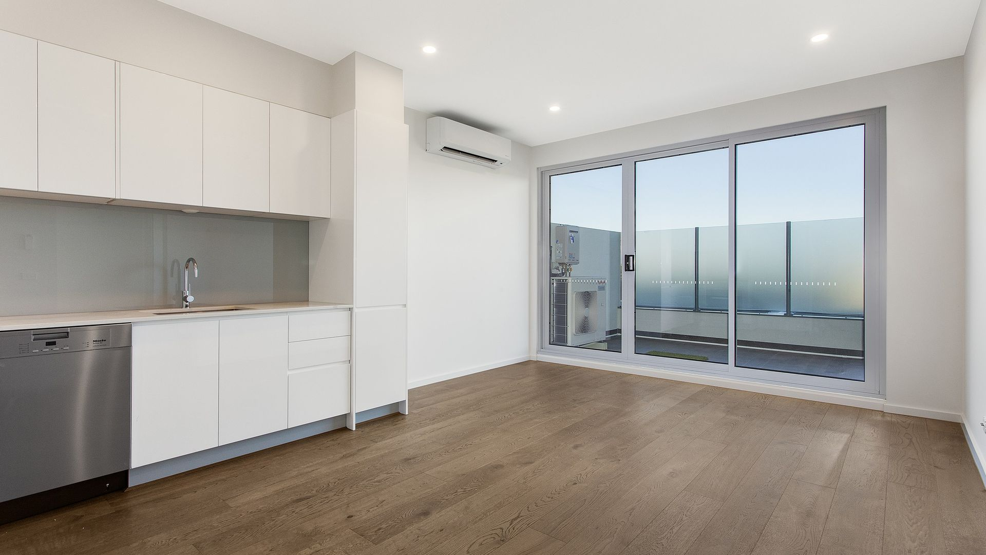 203/170 East Boundary Road,, Bentleigh East VIC 3165, Image 1
