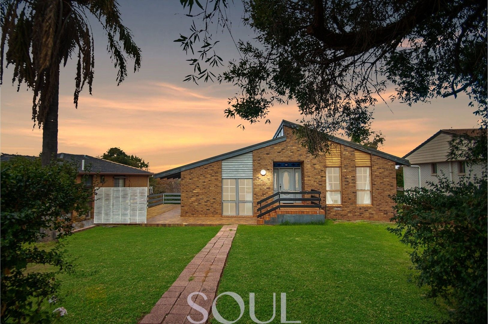 33 Lawford Crescent, Griffith NSW 2680, Image 0