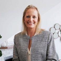 Annika Wood, Sales Consultant