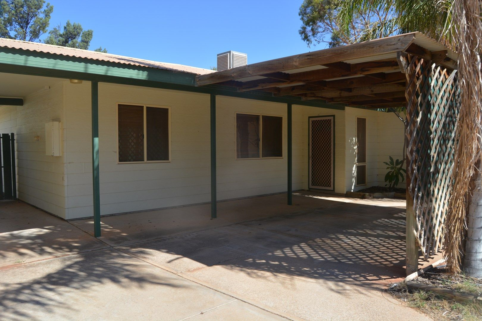 34 Hermit St, Roxby Downs SA 5725, Image 1