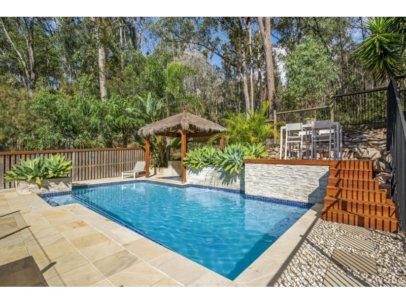 8 Grove Creek Close, Reedy Creek QLD 4227, Image 2