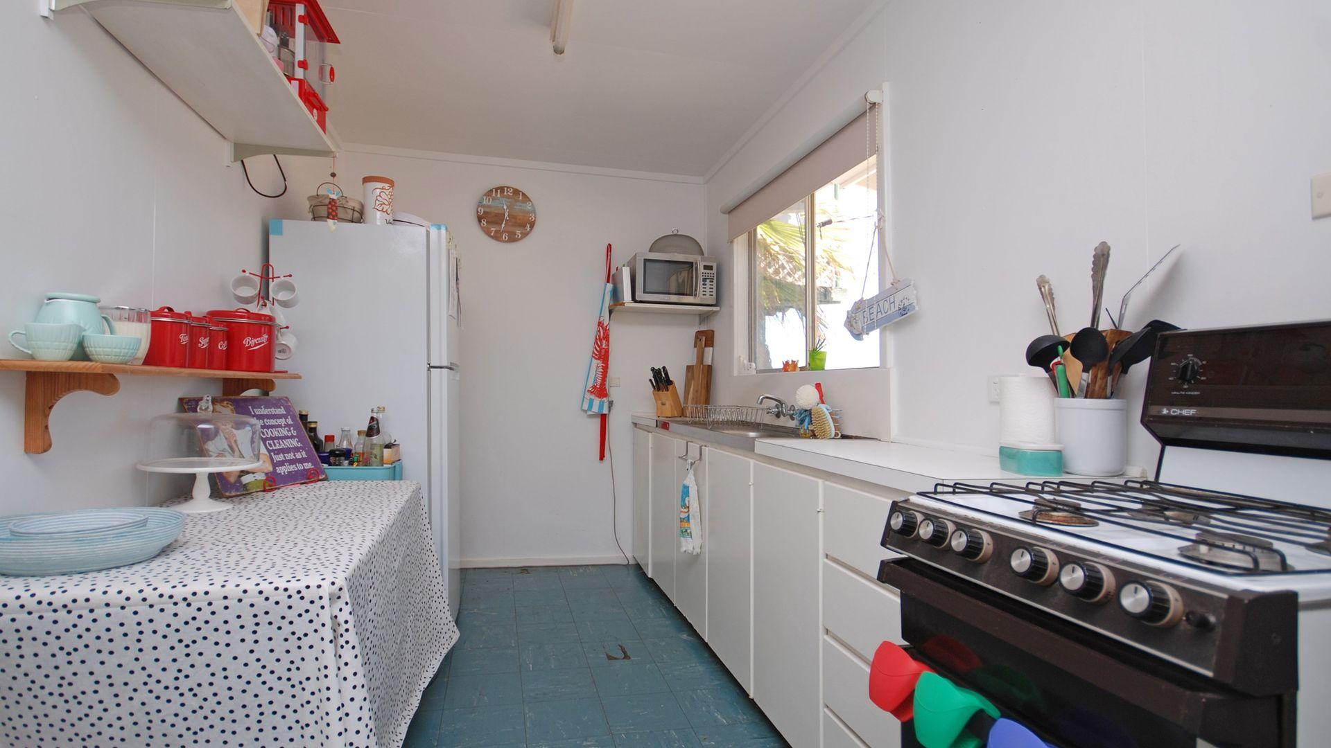5 Lindsay Street, Jurien Bay WA 6516, Image 1