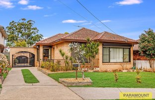 Picture of 27 Highland Road, Peakhurst NSW 2210