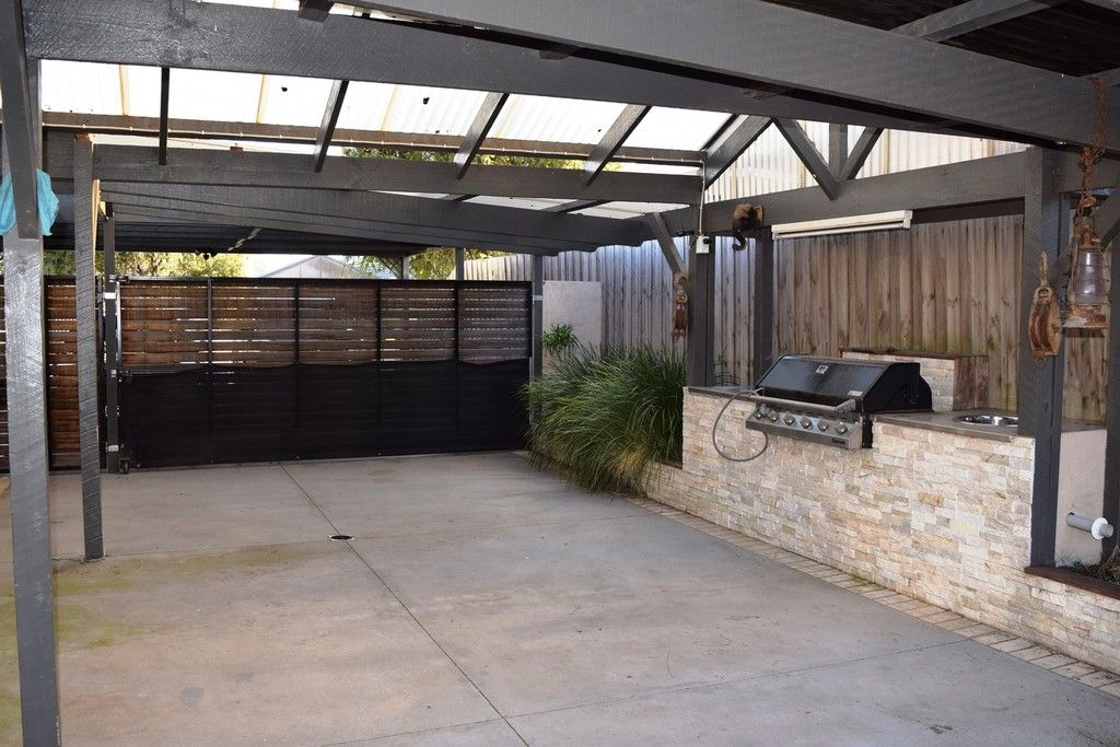 122 Welcome Road, Diggers Rest VIC 3427, Image 2