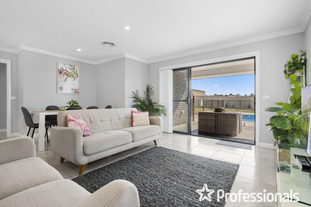11 Kemp Street, Eglinton NSW 2795, Image 2