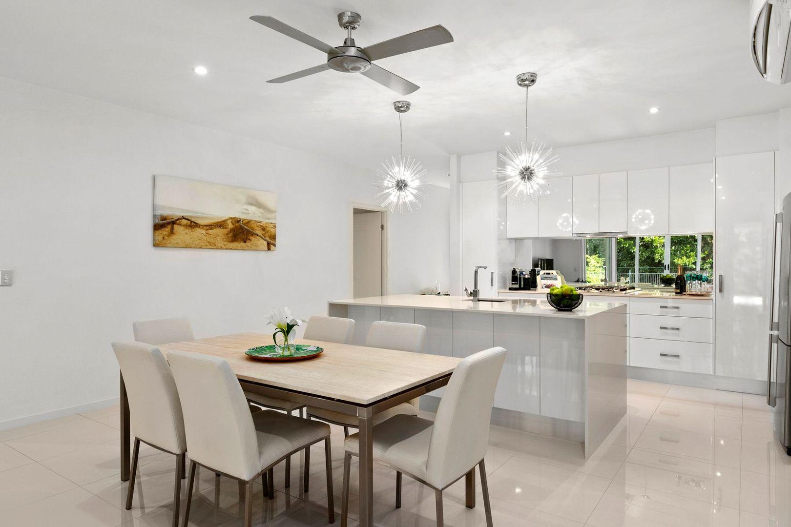 17 Aurelia Road, Palm Cove QLD 4879, Image 2