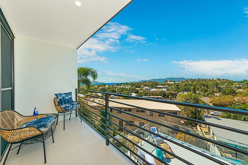 25 Gilbert Crescent, Castle Hill QLD 4810, Image 1