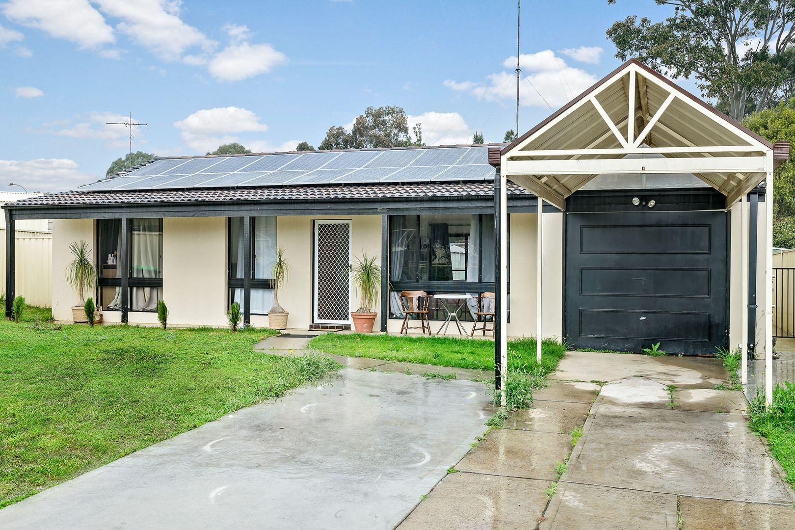 7 & 7a Pecan Close, St Clair NSW 2759, Image 2