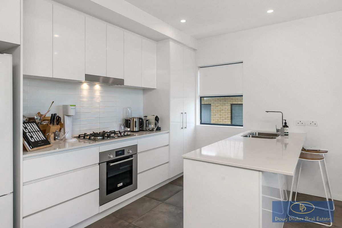 23/16-24 Lower Clifton Terrace, Red Hill QLD 4059, Image 2