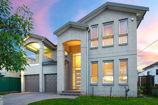 Picture of 32 D'Arcy Avenue, LIDCOMBE NSW 2141