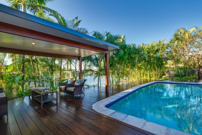 Picture of 27 Boomerang Crescent, SORRENTO QLD 4217