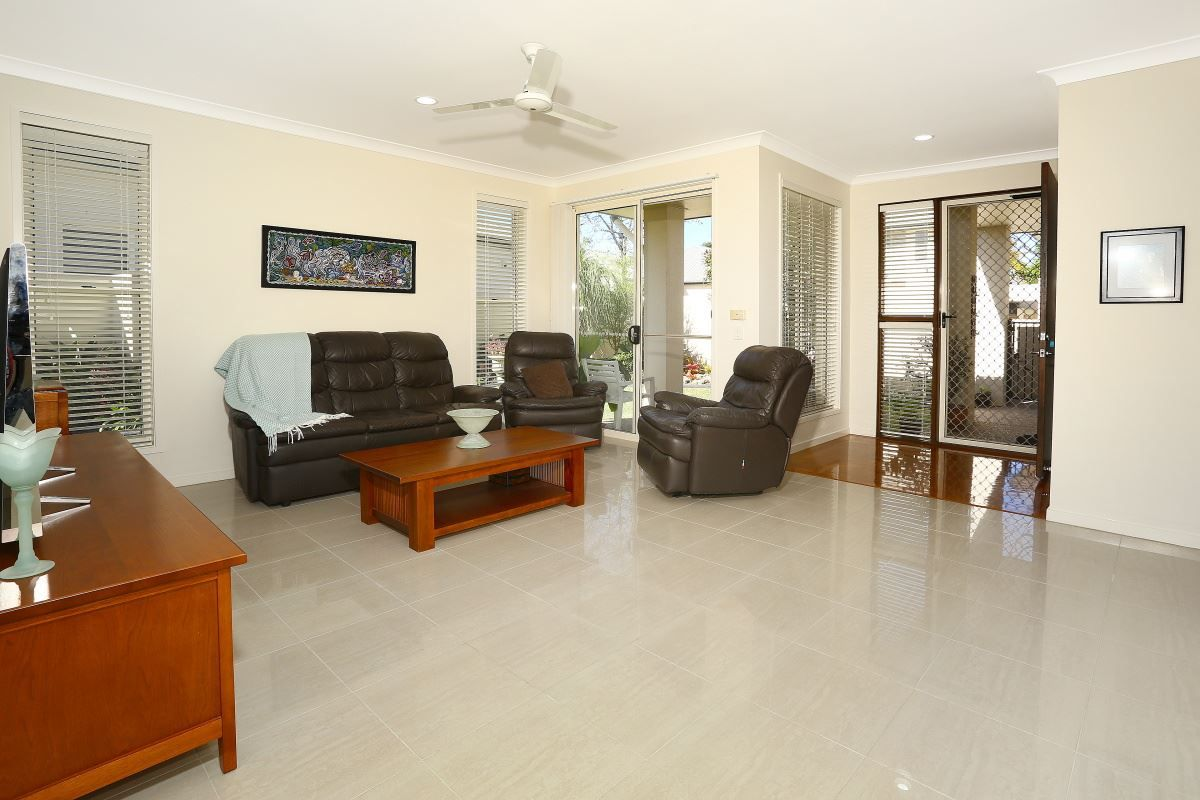 272 Easthill Drive, Robina QLD 4226, Image 2
