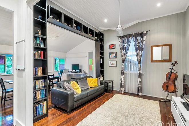 Picture of 15 Garling Street, RED HILL QLD 4059