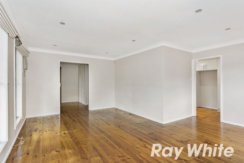 12 Rolloway Rise, Chirnside Park VIC 3116, Image 2