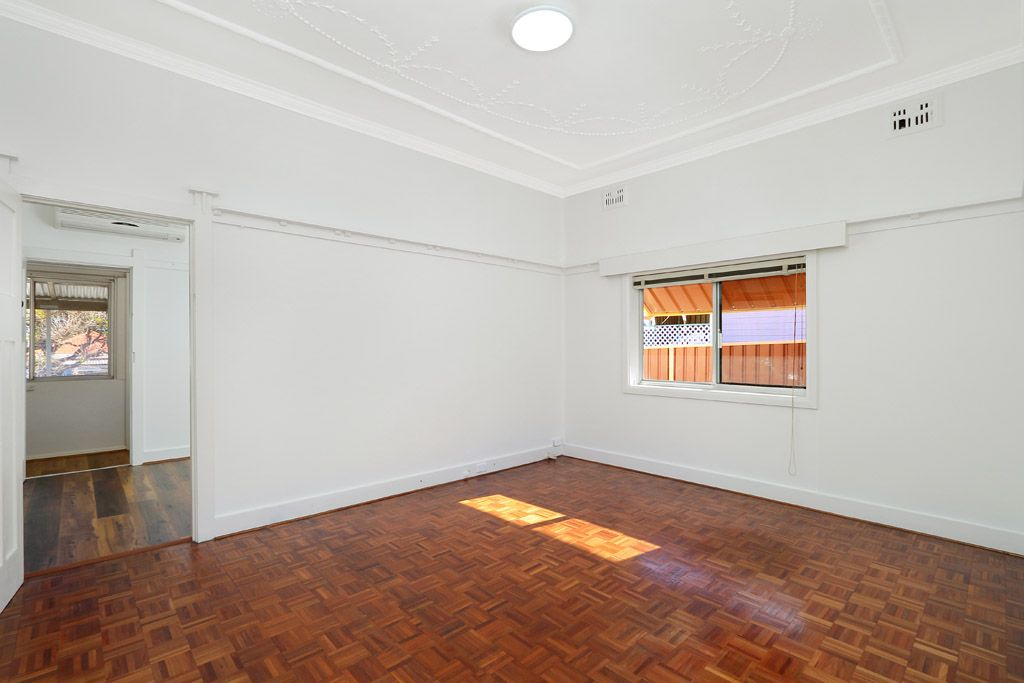 28 Griffiths Avenue, Punchbowl NSW 2196, Image 1