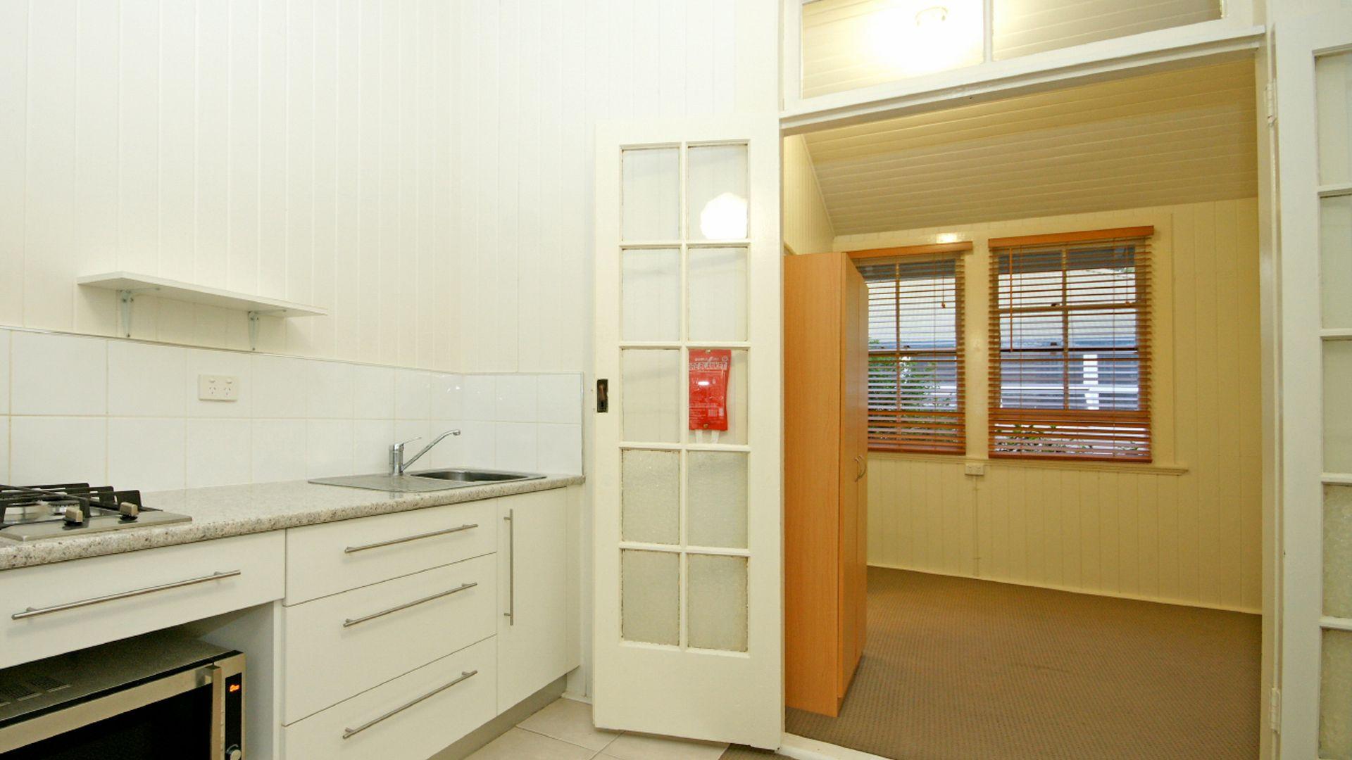 6/14 Morris Street, Highgate Hill QLD 4101, Image 2