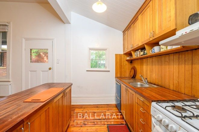 Picture of 329 Armstrong Street, SOLDIERS HILL VIC 3350