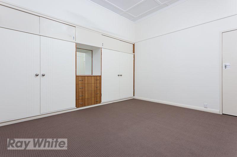 3/12 Ninth Avenue, Coorparoo QLD 4151, Image 2