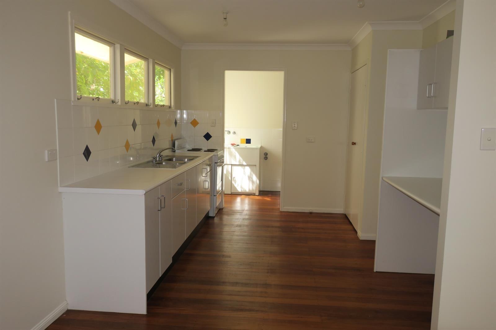 77 Elizabeth Street, Nambour QLD 4560, Image 2