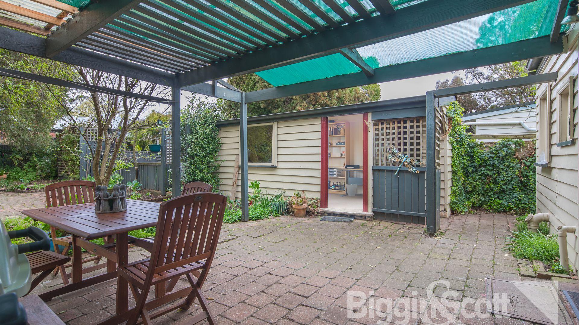 106 Nelson Street, Ballarat East VIC 3350, Image 2