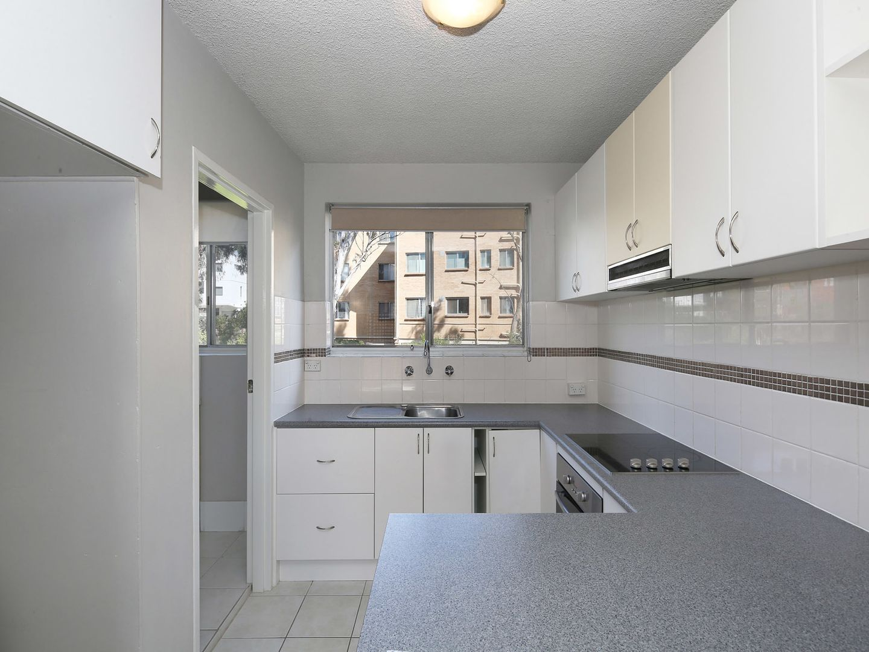 Unit 4/104 Henderson Rd, Crestwood NSW 2620, Image 1