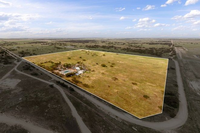 Picture of 143 Peregrine Way, TAILEM BEND SA 5260