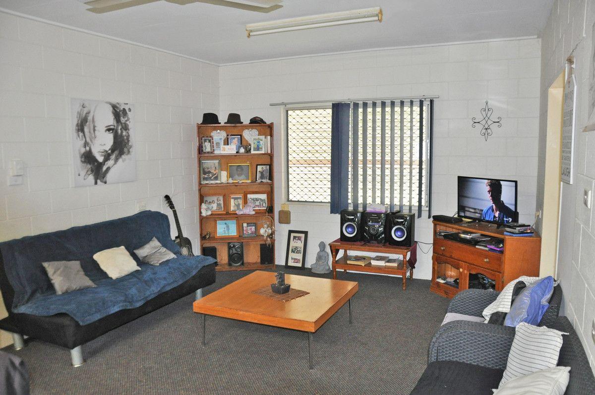 38 Martin Avenue, Mareeba QLD 4880, Image 2