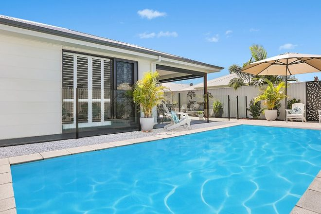 Picture of 20 Sydney Avenue, PELICAN WATERS QLD 4551