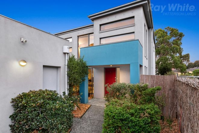 Picture of 1 Fisher Mews, WATERWAYS VIC 3195