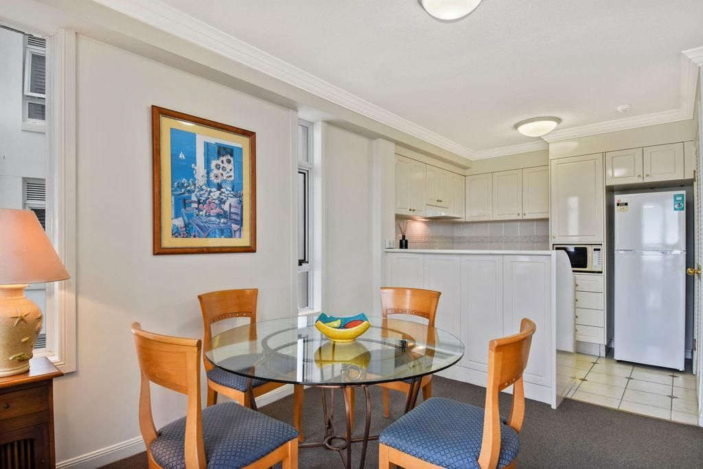 2416/24-26 Queensland Avenue, Broadbeach QLD 4218, Image 2