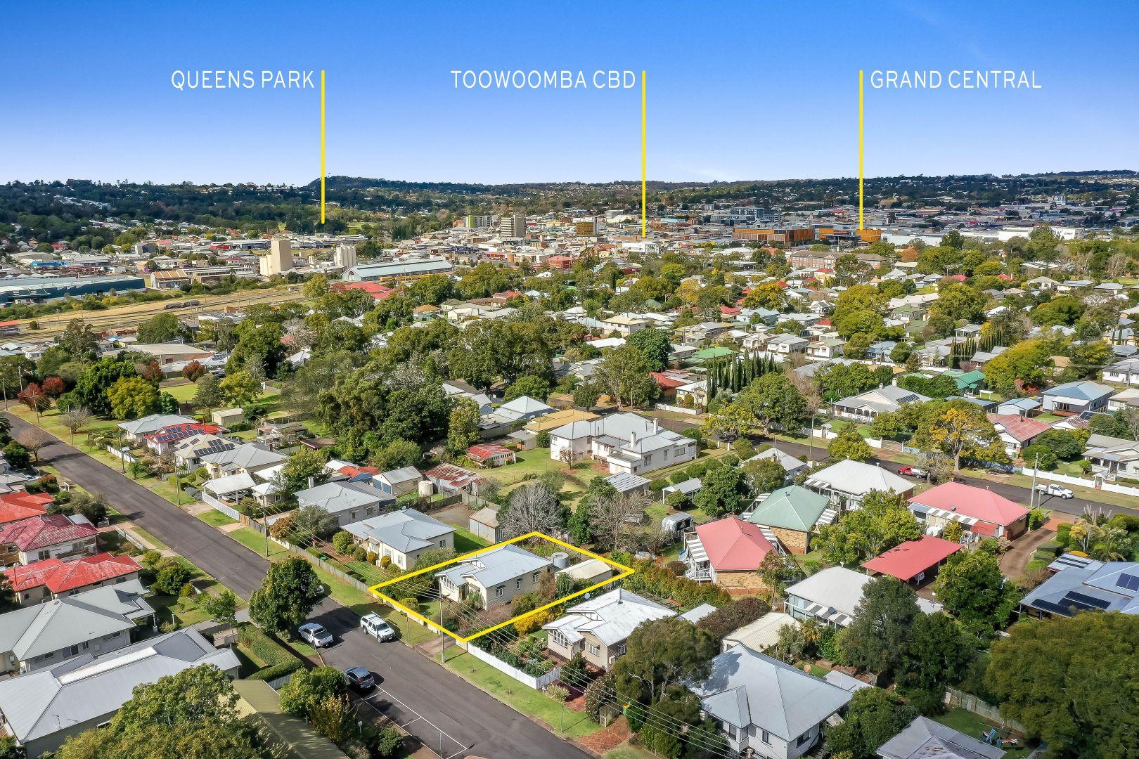 20 Rosewood Street, Toowoomba City QLD 4350, Image 1