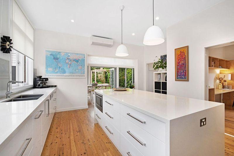 17 Silsoe Street, Hamilton South NSW 2303, Image 2