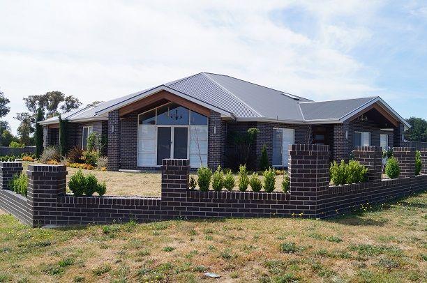 32 Moonstone Drive, Orange NSW 2800, Image 0