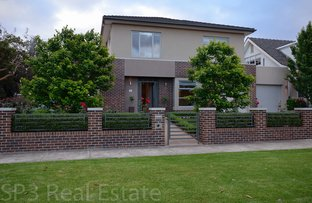 Picture of 95 Carnarvon Road, Strathmore VIC 3041