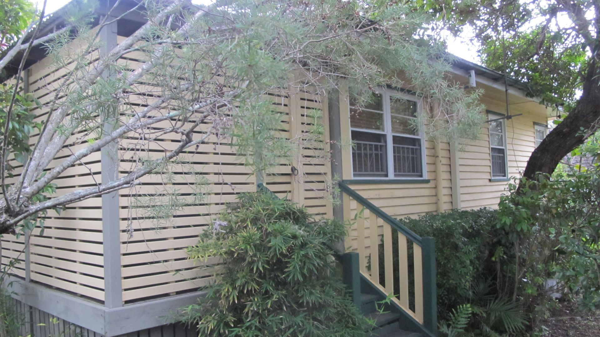 35 Cradock Street, Holland Park QLD 4121, Image 2