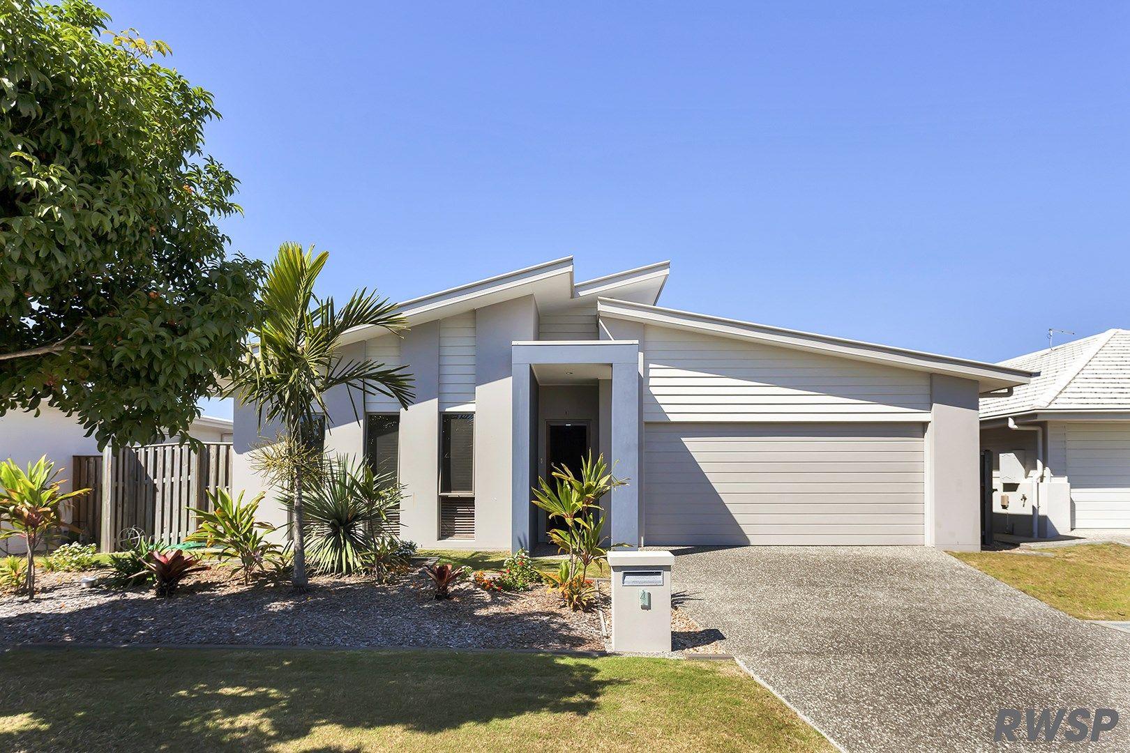 4 Mariner Avenue, Hope Island QLD 4212, Image 2