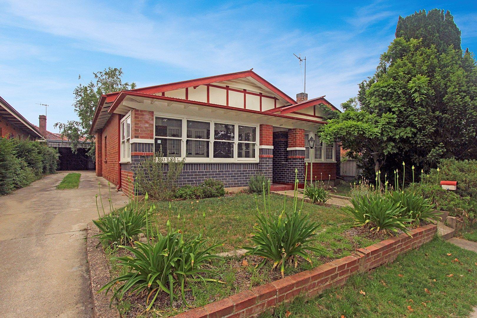 124 Bradley Street, Goulburn NSW 2580, Image 0