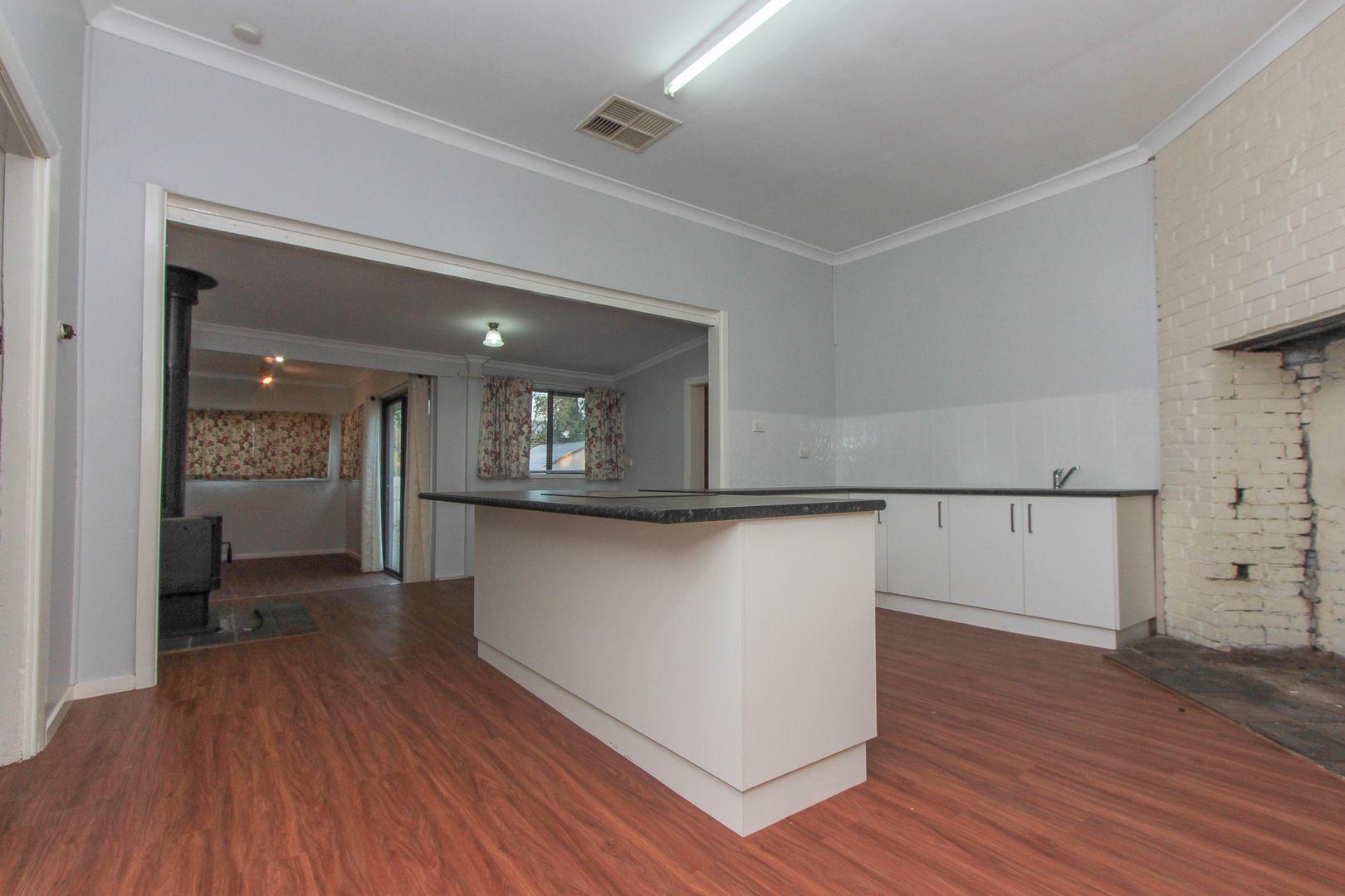 37 William Street, Narrandera NSW 2700, Image 1