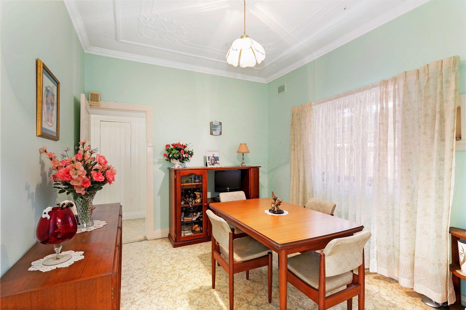 49 Woolcott Street, Earlwood NSW 2206, Image 2