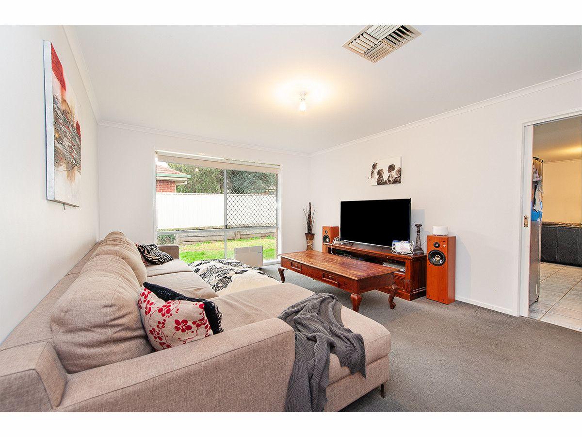 14 Cooper Close, Glenroy NSW 2640, Image 1