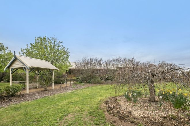 Picture of 2 Llewellyn Drive, BRAIDWOOD NSW 2622
