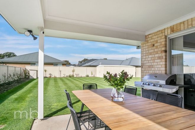 Picture of 14 Clem McFawn Place, ORANGE NSW 2800