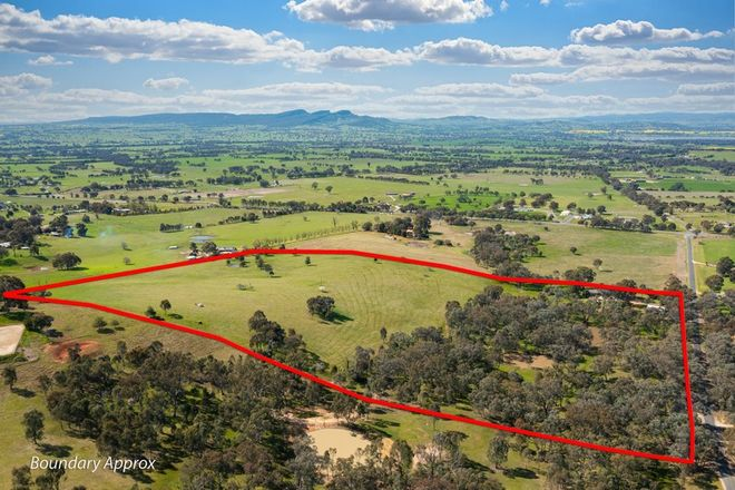 Picture of 46 Dellven  Drive, TABLE TOP NSW 2640