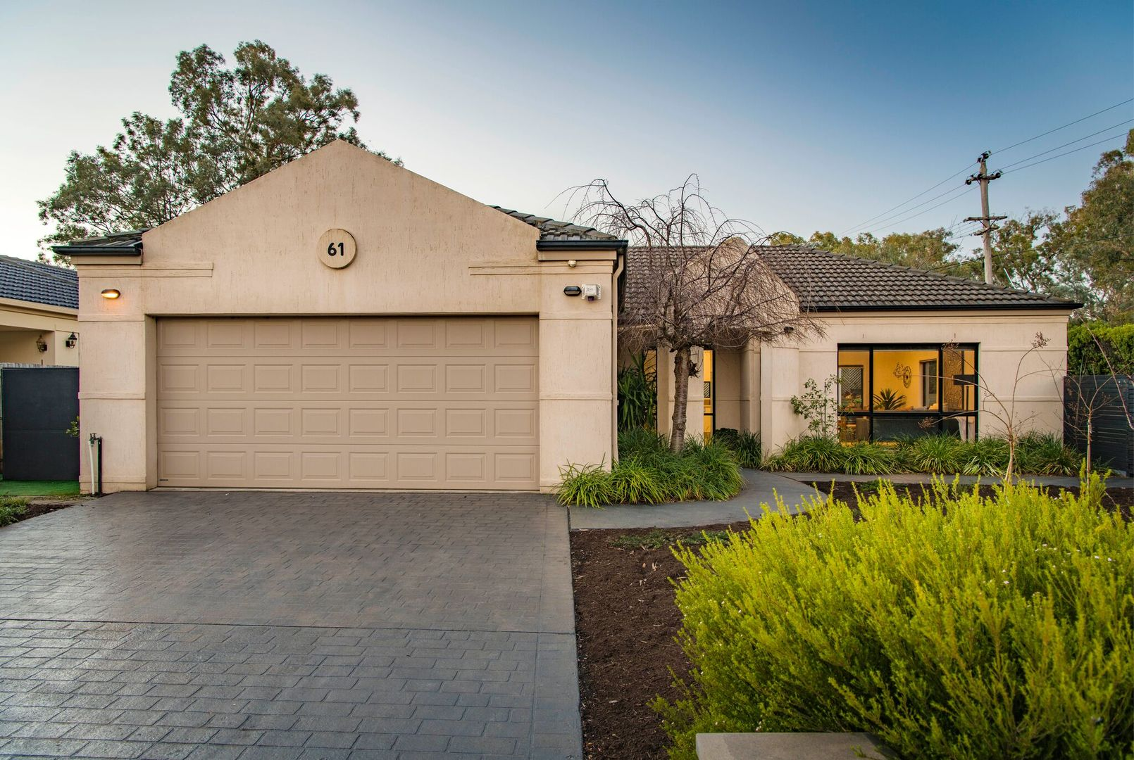61 White Crescent, Campbell ACT 2612, Image 0