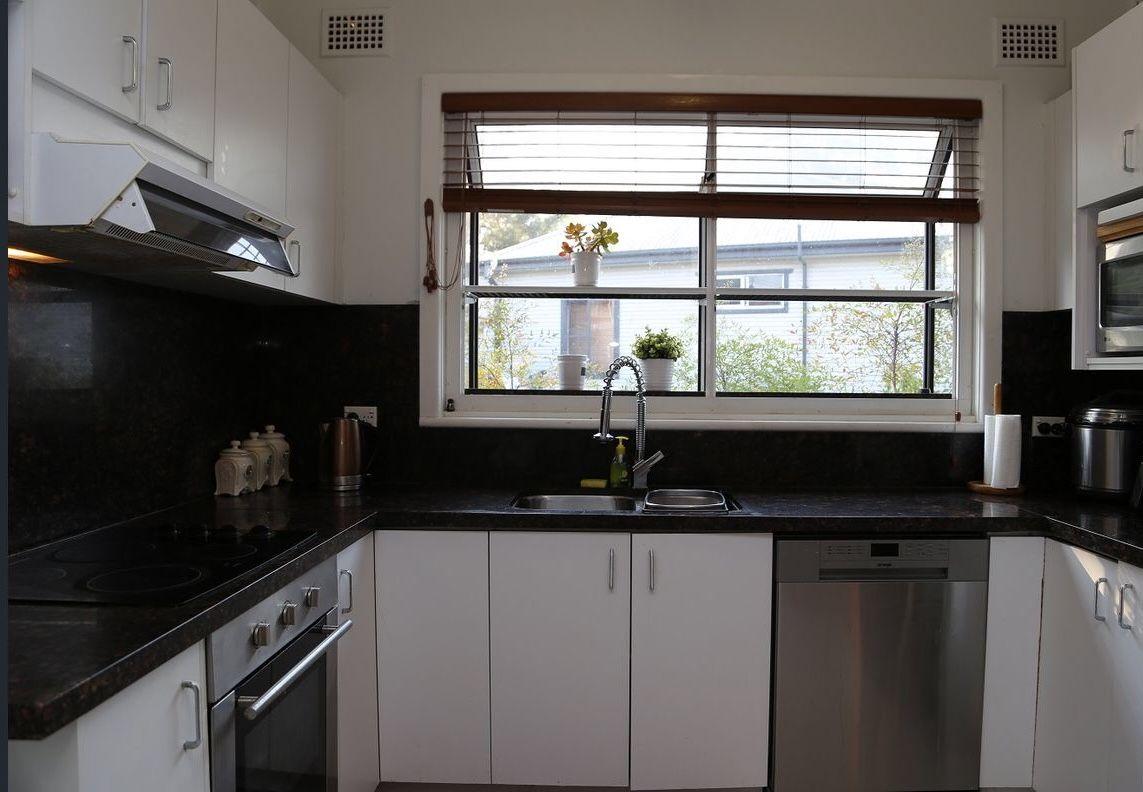 8 Julie Street, Marsfield NSW 2122, Image 2