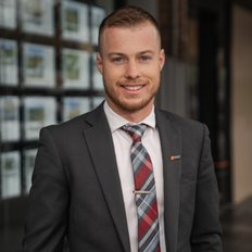 Hunter Maxwell, Sales representative
