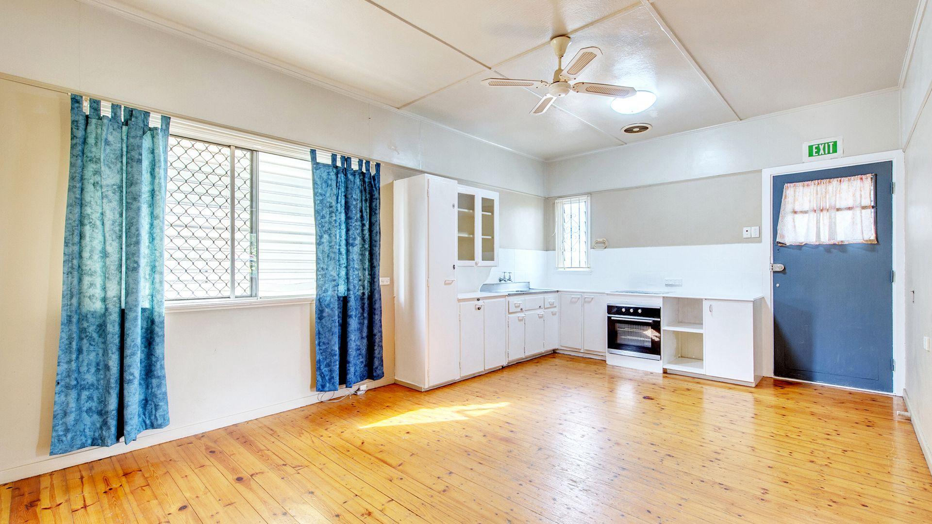 69 Azalea Street, Inala QLD 4077, Image 2