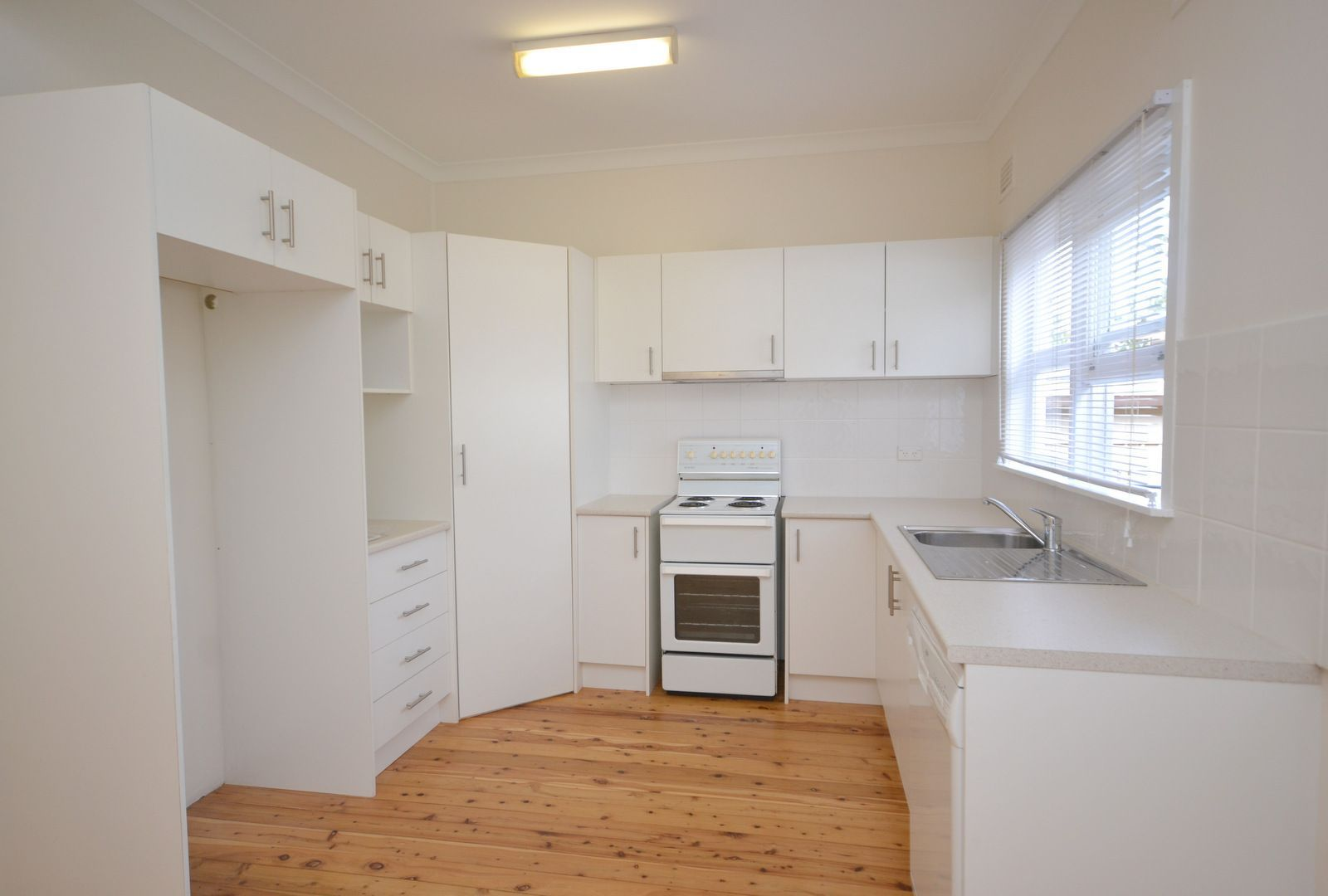 66 Pozieres Avenue, Umina Beach NSW 2257, Image 2